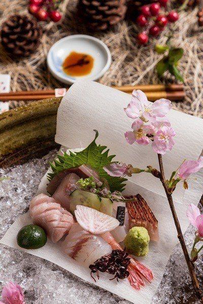 上鮪、牡丹蝦、旗魚、金目鯛等上等食材的生品取名「囍‧花嫁」。