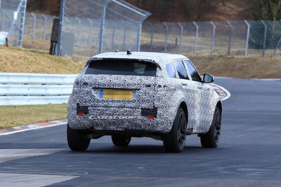 全新Range Rover Evoque預計在2019年中發表。 摘自Carscoops.com