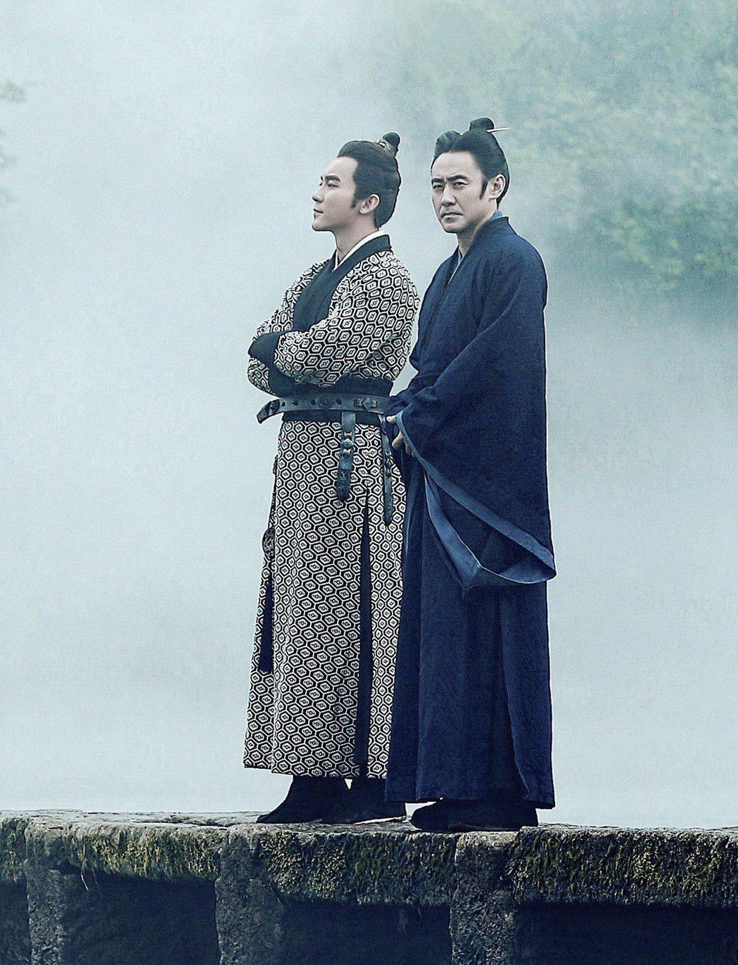 李晨、吳秀波在「軍師聯盟」中飾演君臣關係。圖/緯來戲劇台提供