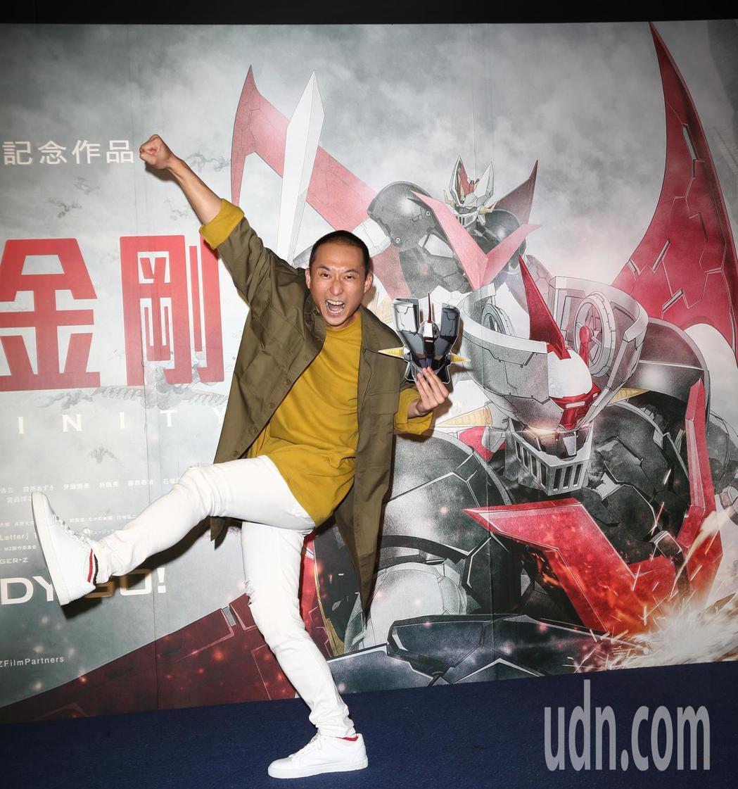 浩子為「無敵鐵金剛」卡通電影站台。記者蘇健忠/攝影