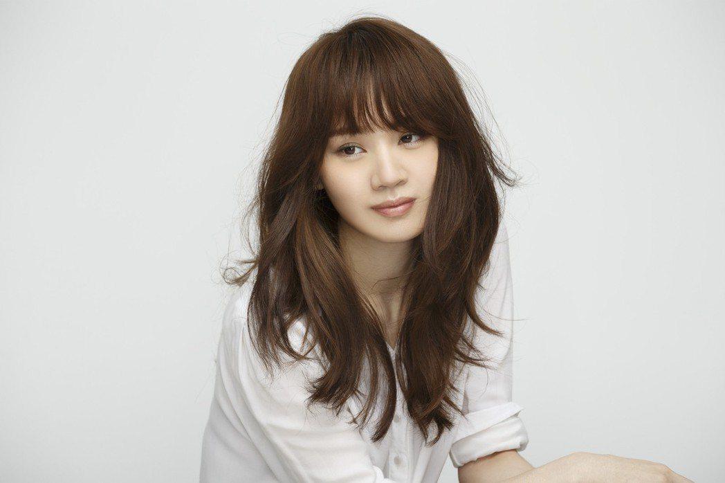 王笠人推出正版新歌「我依然是我」。圖/福茂唱片提供