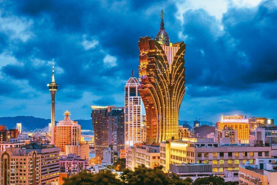 「土城日月光」請到曾設計澳門新葡京酒店的建築師事務所操刀。