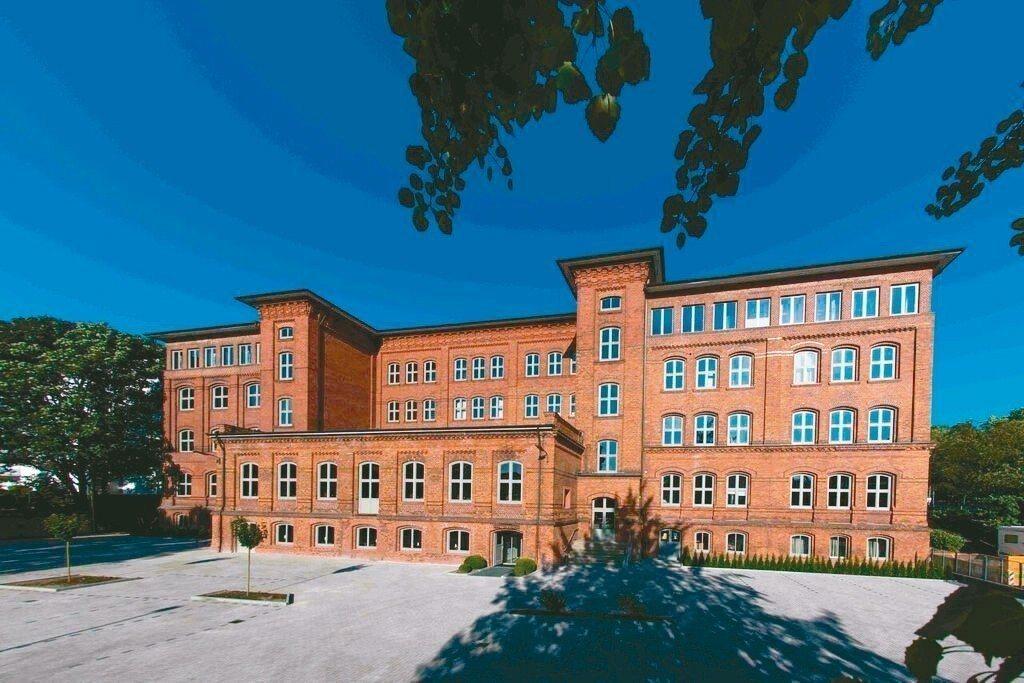 位於德國漢堡市中心由學校改裝的校舍飯店。 Booking.com/提供
