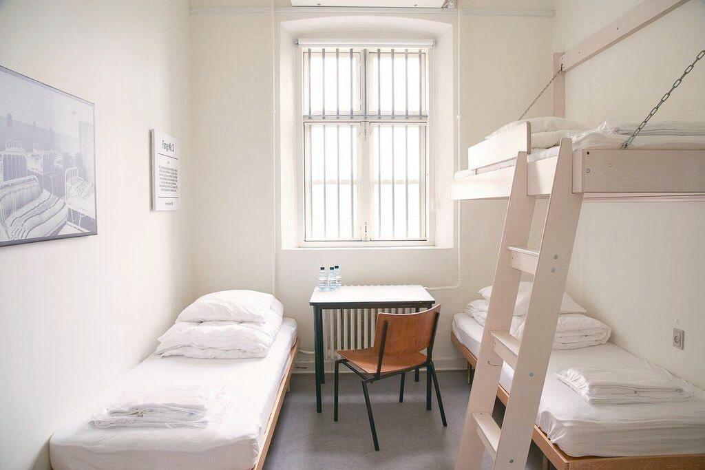 丹麥監獄旅館提供旅客獨特住宿體驗。 Booking.com/提供