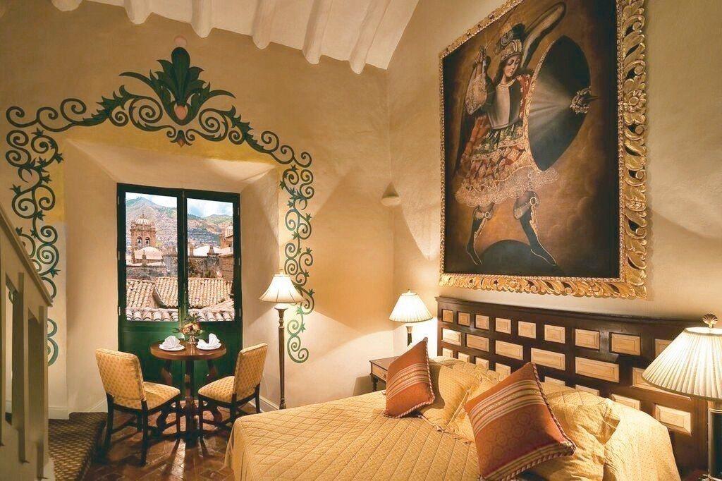 美麗庭園環繞的貝爾蒙德修道院飯店,富含濃厚殖民風采,提供奢華住宿體驗。 Book...