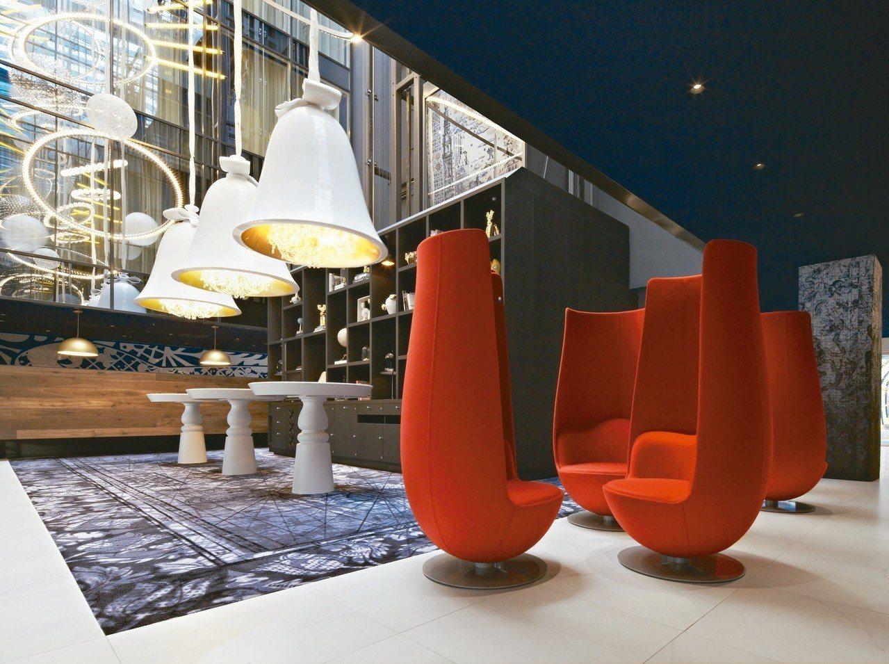 圖書館改裝的阿姆斯特丹安達仕王子運河凱悅概念飯店,內部設計前衛高雅。 Booki...