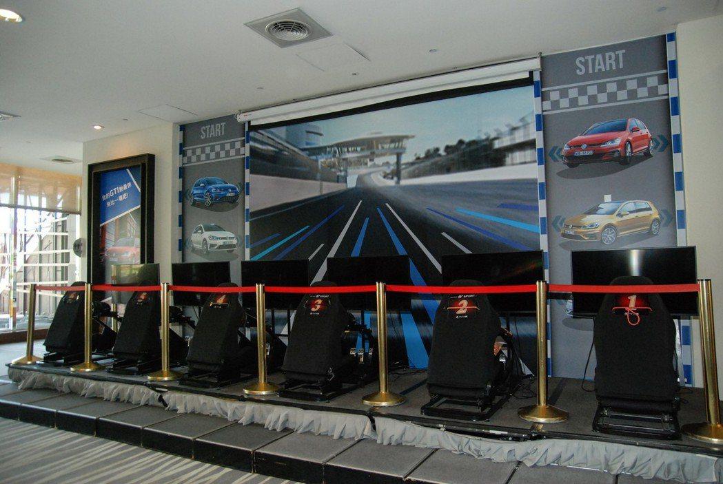 飯店大廳還設有 PS4 Gran Turismo Sport 賽車遊戲區,不管是大人小孩都能在此競速較勁! 記者林鼎智/攝影