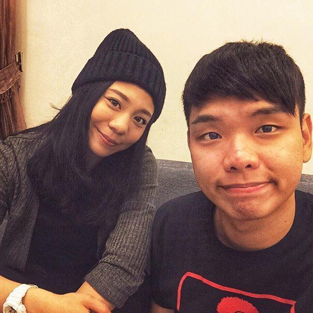 蕭志瑋(右)與裴薇宣布分手。圖/摘自IG