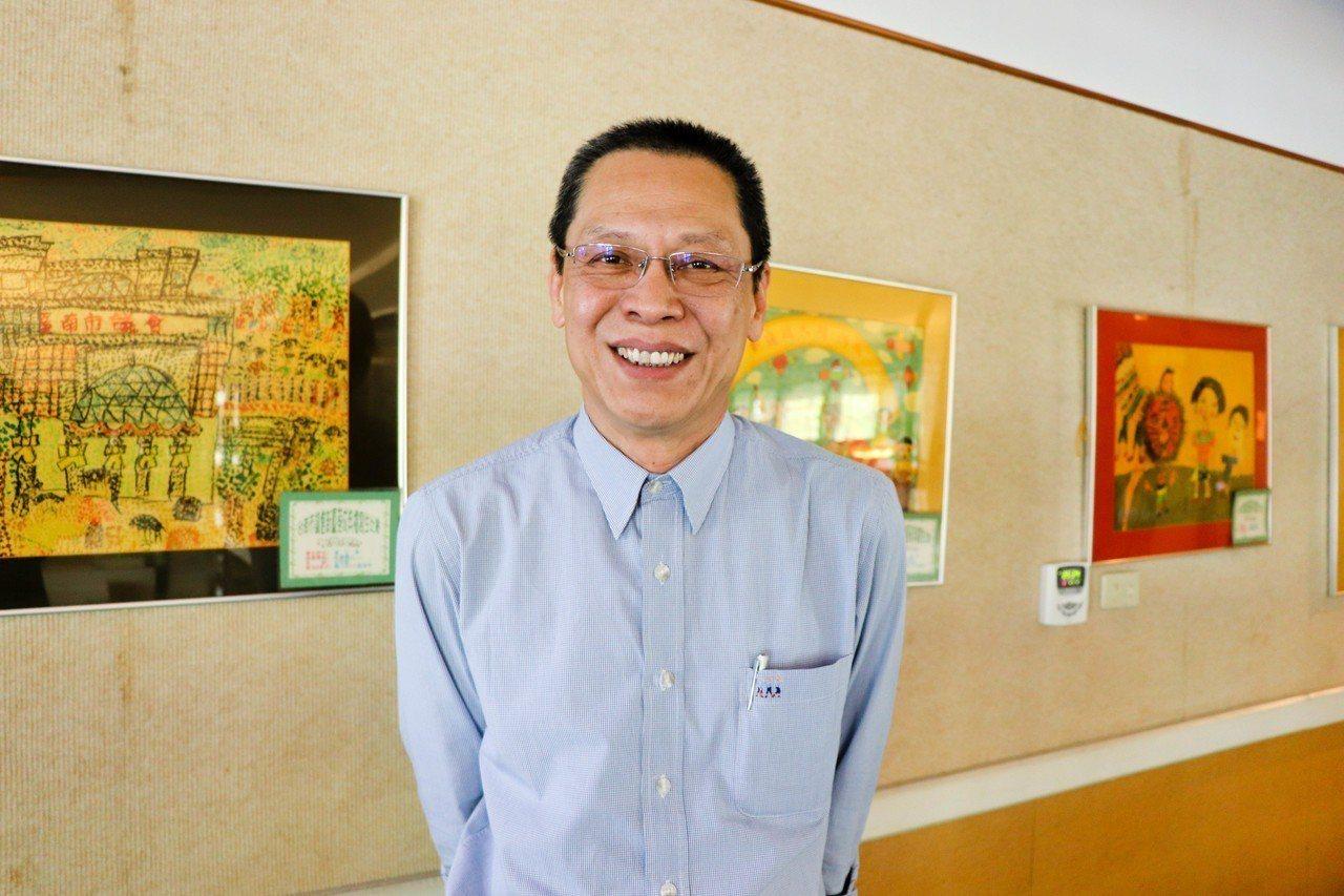 民進黨資深黨員王敏行宣布參選台南市黨部主委。記者鄭維真/攝影