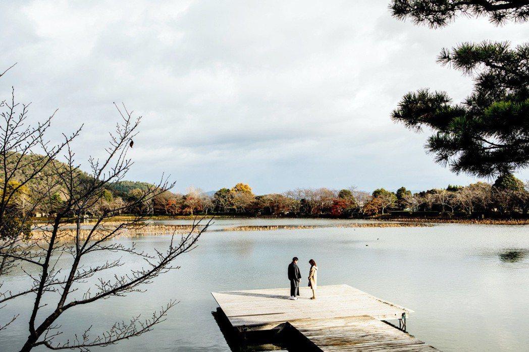 湖光山色為「盛情款待」更添詩意。圖/華映提供