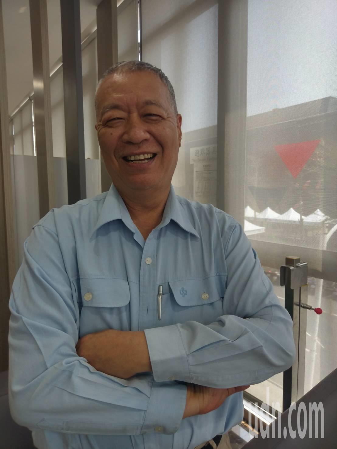中鋼總經理劉季剛明天屆退休,他說退休後要全心陪老婆,當閒雲野鶴了。記者謝梅芬/攝...