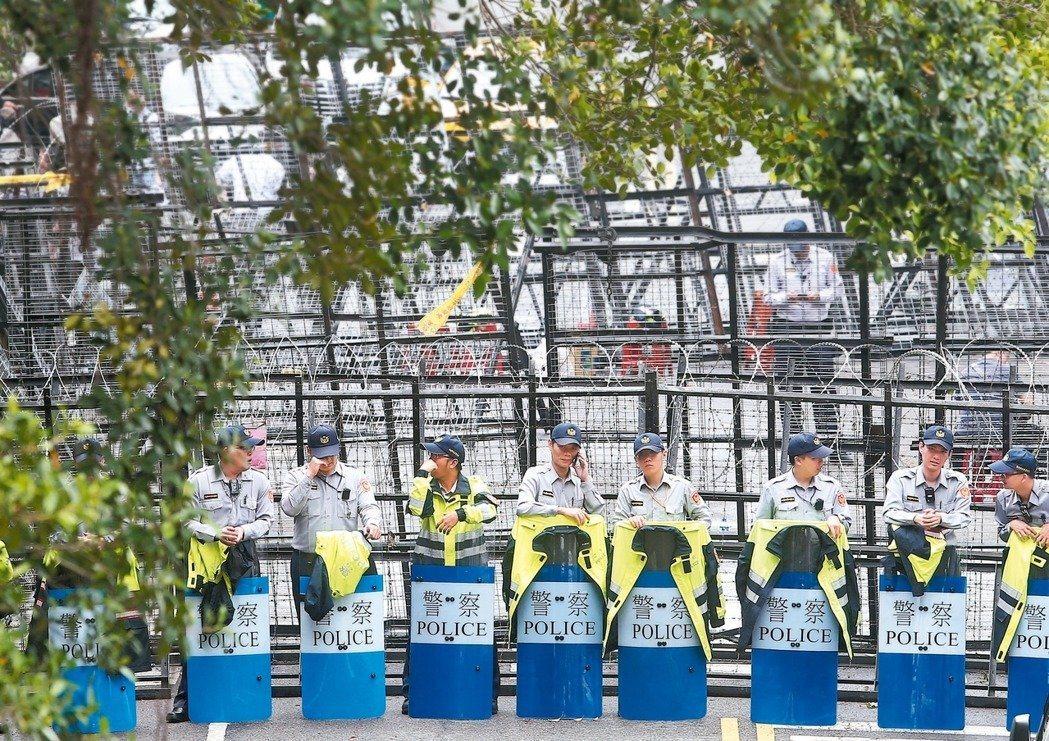 近年抗議風氣盛行,警察越來越不好當。 圖/聯合報系資料照片