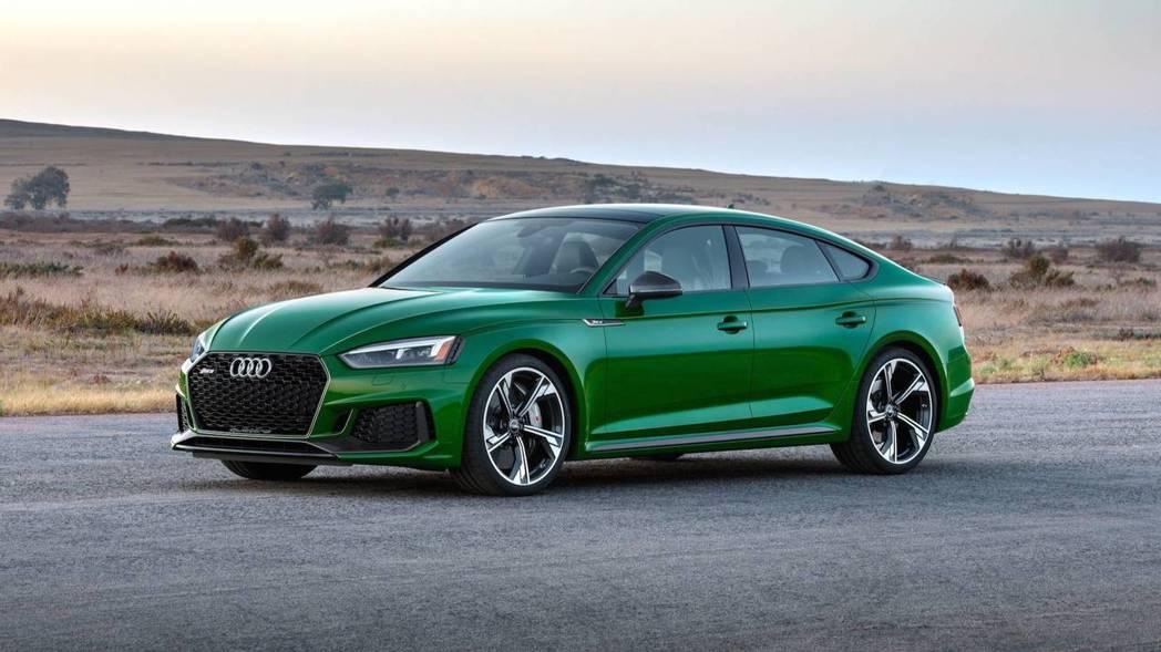 Audi RS5 Sportback告訴你,性能與實用也能並存。 摘自Audi