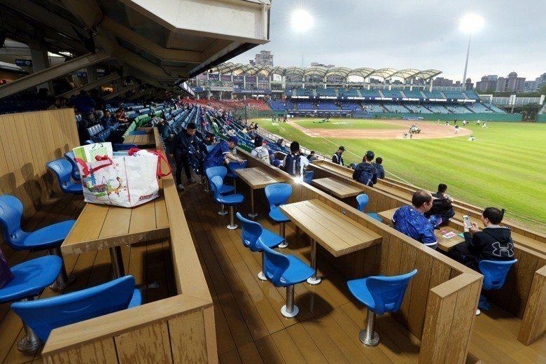 富邦悍將主場新莊棒球場「家庭席」。 圖/聯合報系資料照