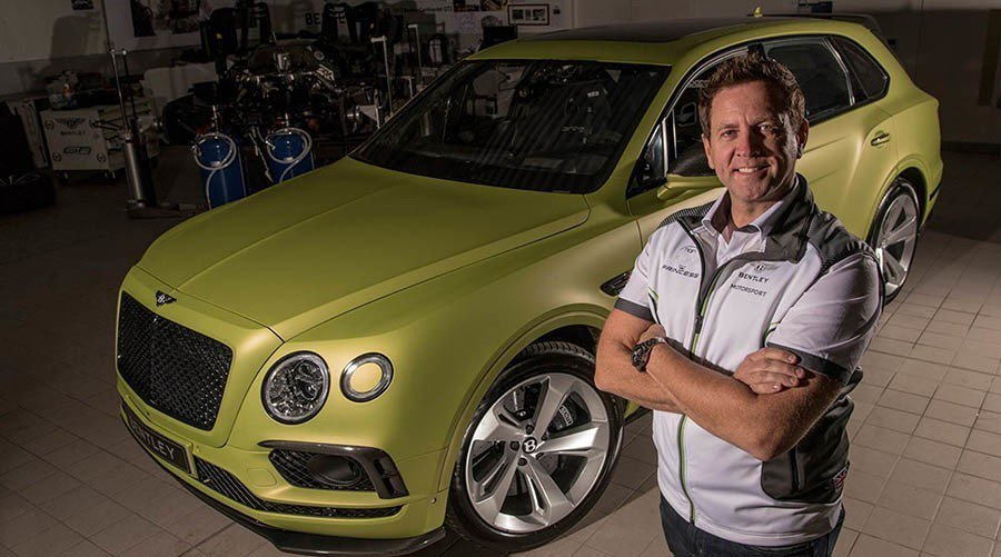 Bentley Bentayga與Rhys Millen。 Bentley提供
