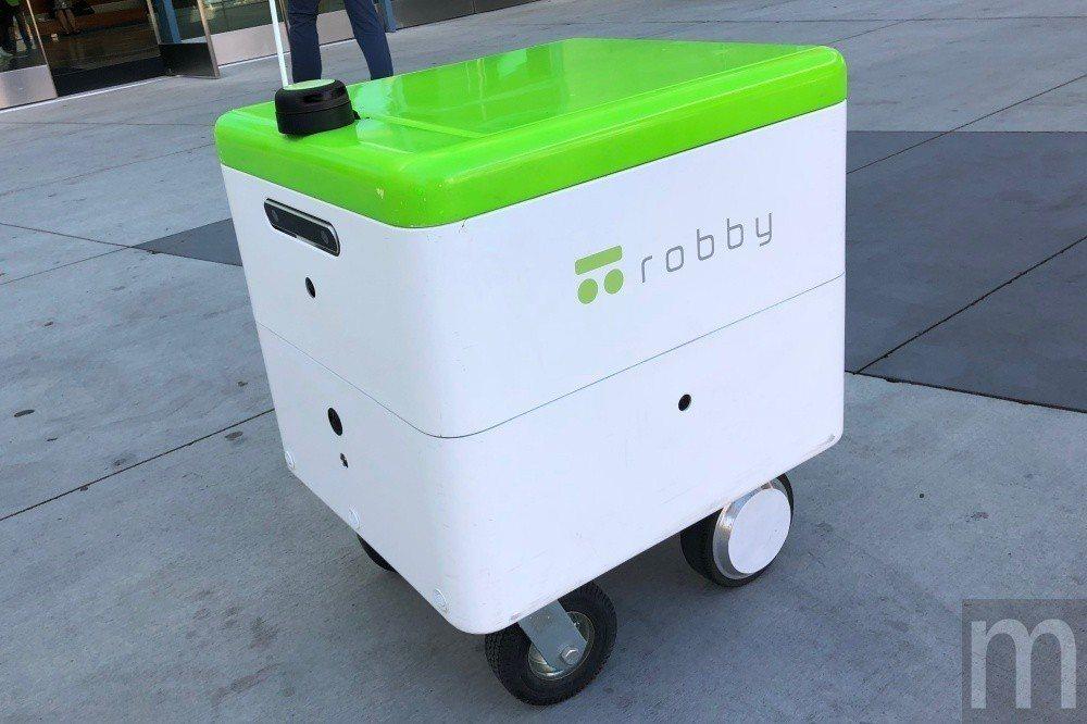 robby原型機種設計外觀