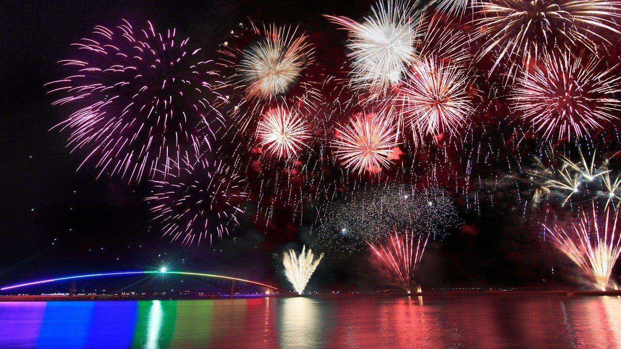 「2018澎湖國際海上花火節」將於4月19日揭開序幕。圖/Mark Kao 20...
