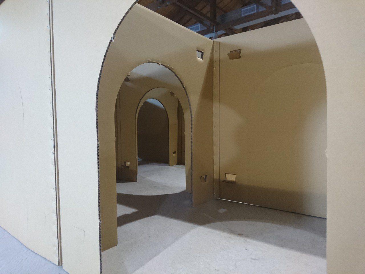 宜蘭今啟用號稱全台最大紙迷宮。記者羅建旺/攝影