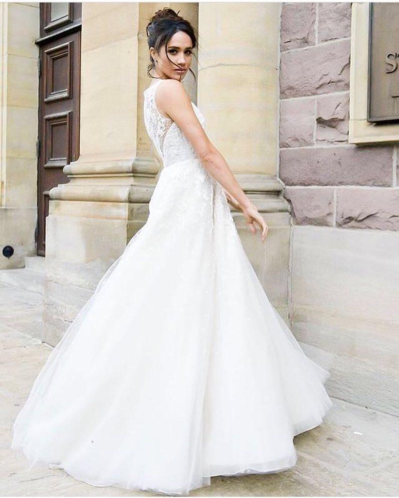 梅根馬可還沒嫁入英國皇室,先為影集「無照律師」披上婚紗。圖/摘自Instagra