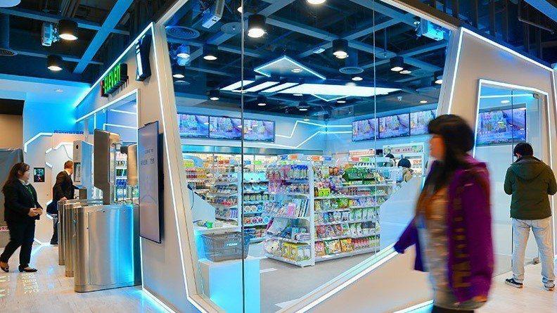 今年1月底,國內零售龍頭統一超商7-ELVENn,才啟動無人超商「X-STORE...