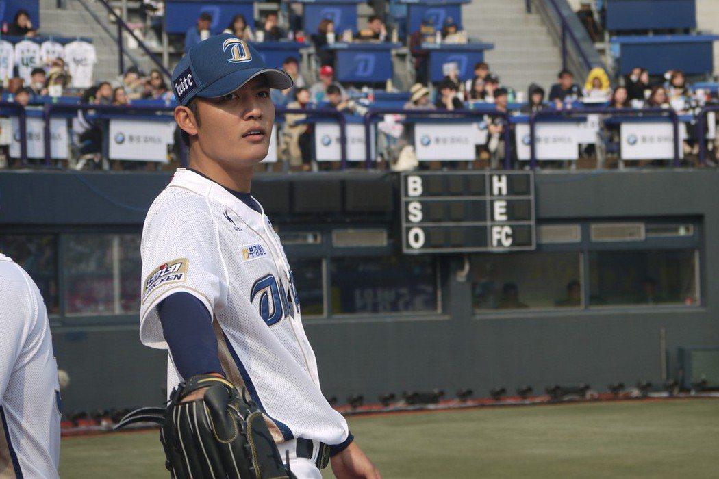 總教練許順益已點名目前效力於韓職的左投王維中是「第一人選」 聯合報系資料照