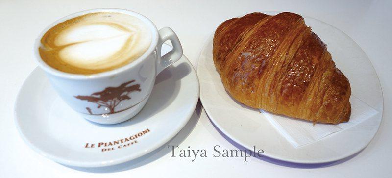 卡布奇諾配可頌是當地人最普遍的早餐