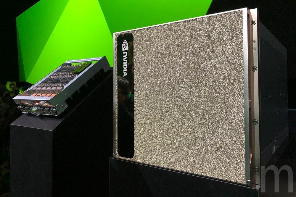此次在GTC 2018揭曉的「全球最大GPU」DGX-2