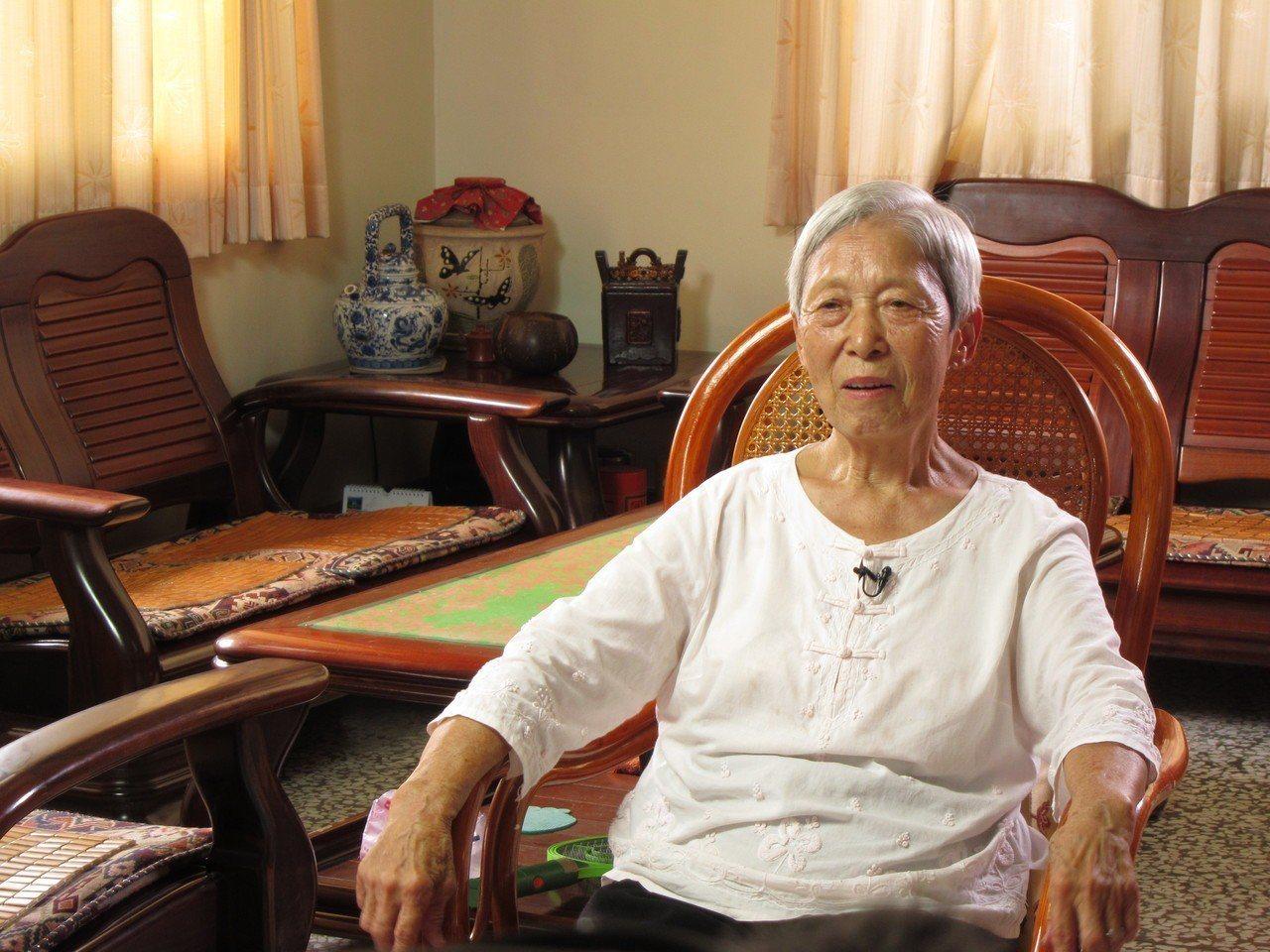 來自浙江,徐施阿金近70年的客庄生活,練就一身客家好廚藝。