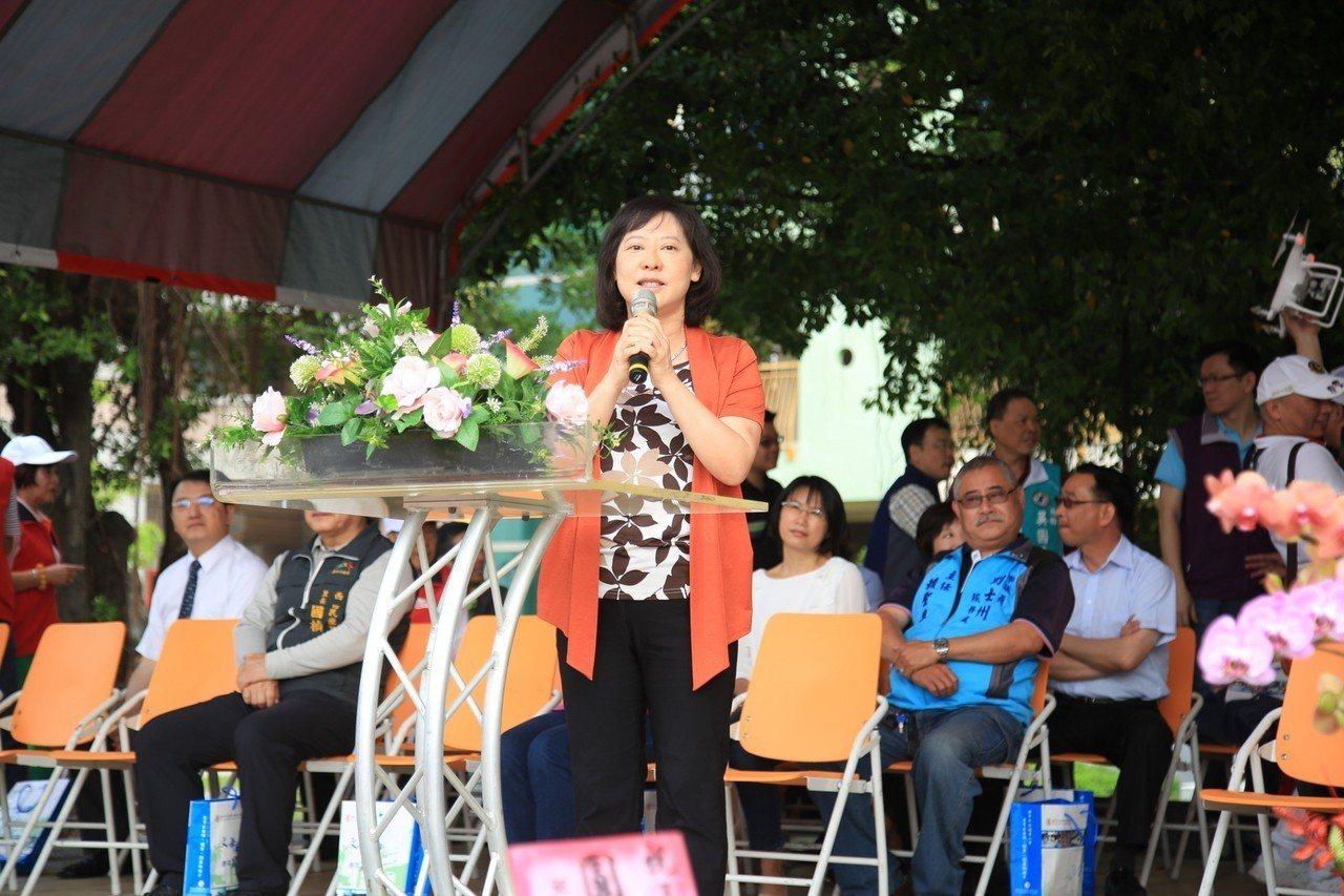 台中市長夫人廖婉如說,購屋頭期款以保險解約與賣股票支應,剩下的貸款購屋。圖/台中...