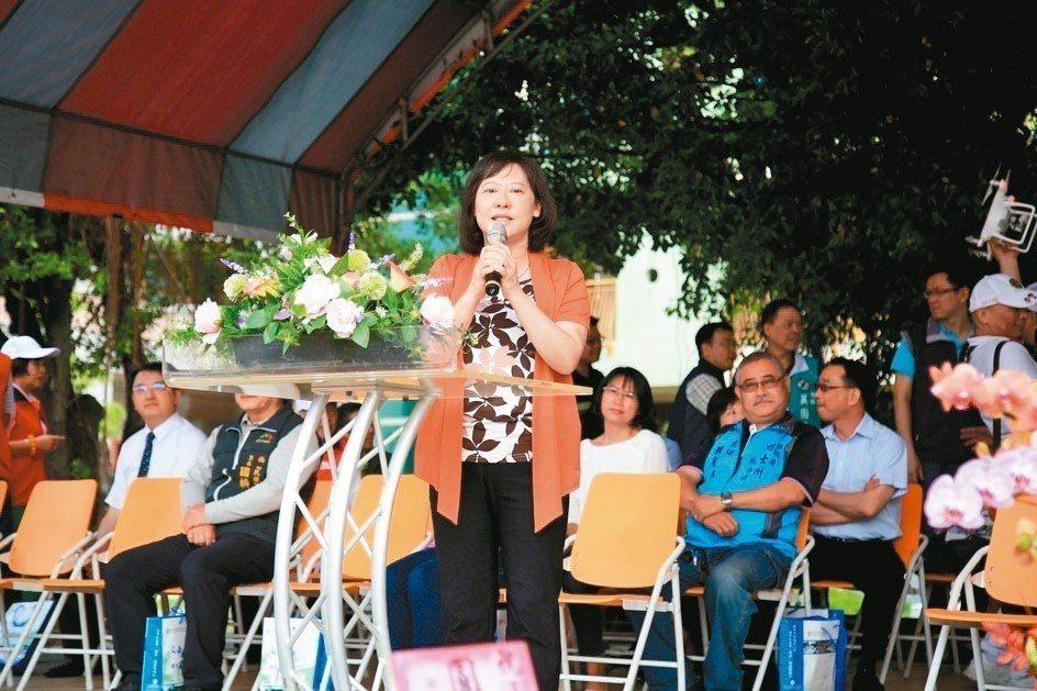 台中市長夫人廖婉如表示,購屋頭期款以保險解約與賣股票支應,剩下的貸款購屋。 圖/...