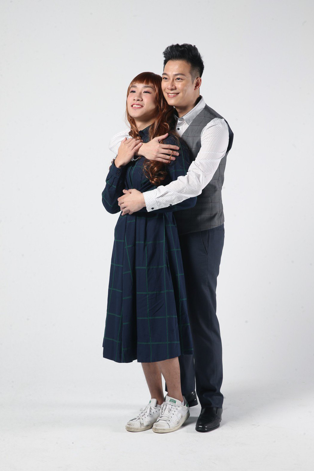 林則希(右)與蔡承翰日前受邀拍攝「噓腦補劇場」。記者許正宏/攝影
