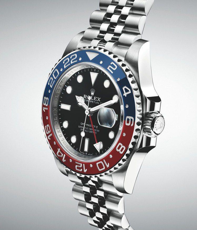 首款全新GMT-Master II腕錶為蠔式鋼(Oystersteel)款,配備...