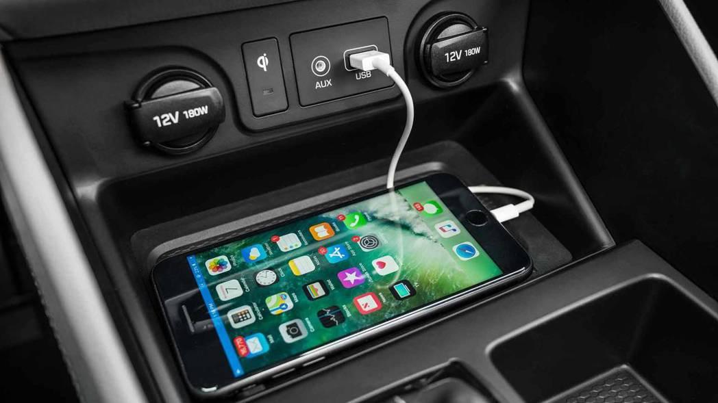 Qi無線充電板。 摘自Hyundai
