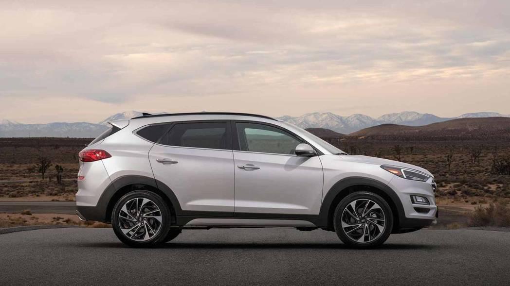 2.0升自然進氣引擎的最大馬力為164hp/20.8kgm。 摘自Hyundai