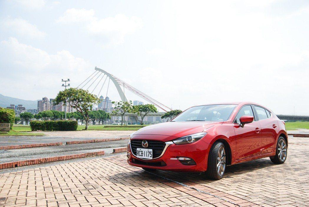 現行版Mazda3。 記者林鼎智/攝影