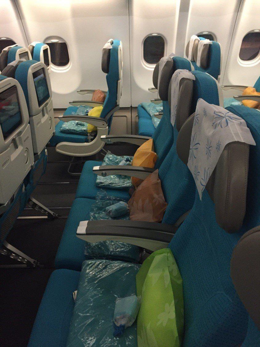 經濟艙2-4-2座椅配置。圖文來自於:TripPlus