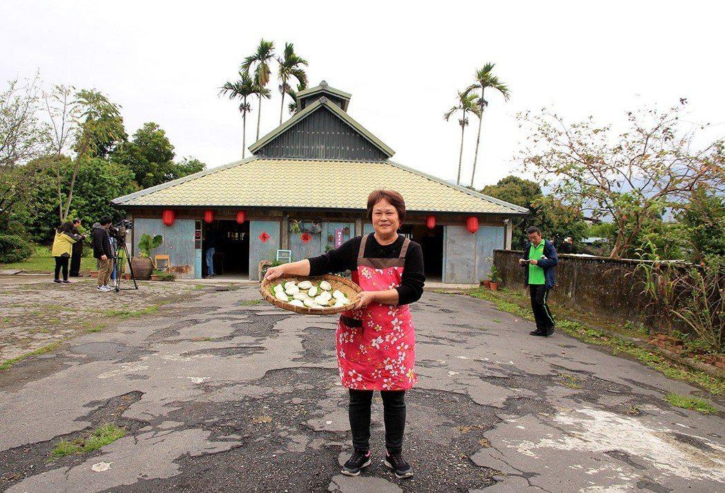明里13號驢行除了老房子住宿體驗,菸樓改建的旅行食堂,也是用餐、展覽的絕佳場域。