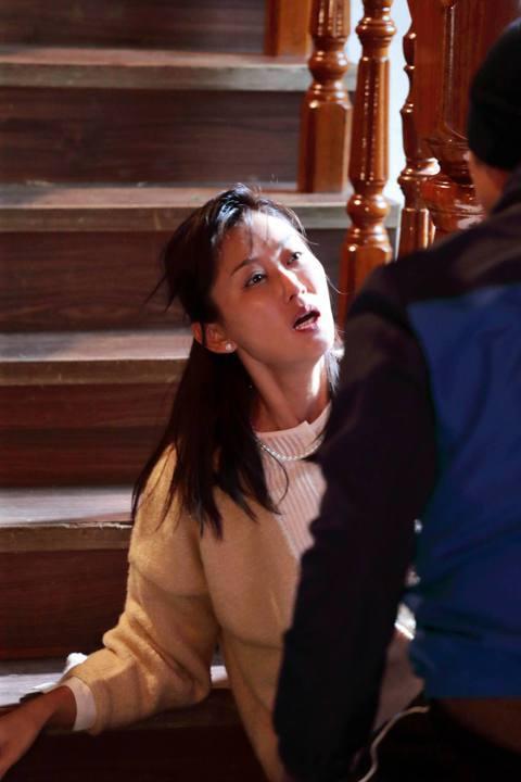 陳珮騏演出新戲「噬膽72」角色吃重,是貫穿全片靈魂人物,各類型劇種都樂於嘗試的她,唯獨對強暴戲最排斥,但為了「噬膽72」,她克服心理障礙拍攝一場遭強暴戲份,透露拍攝前就已渾身不舒服,反胃、噁心,但拍...
