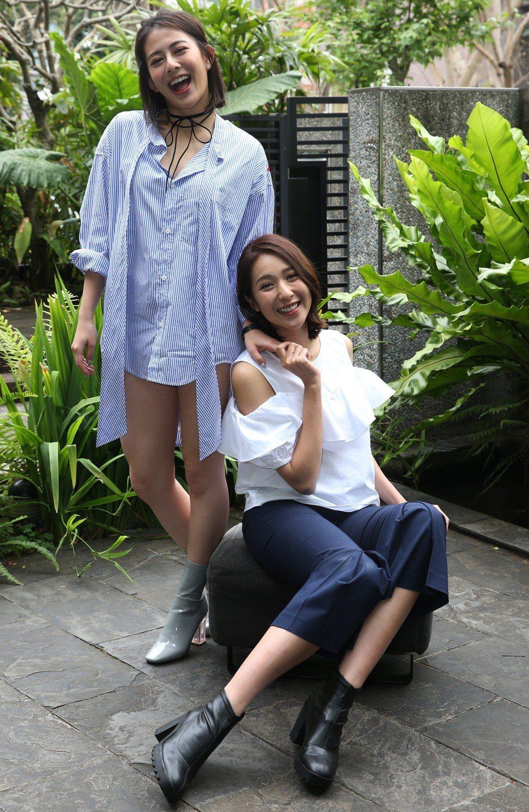 「翻牆的記憶」楊晴(右)、姚亦晴(左)專訪。記者林俊良/攝影