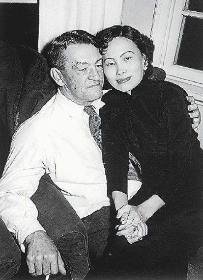 陳納德(左)、陳香梅(右)夫妻。圖/取自網路