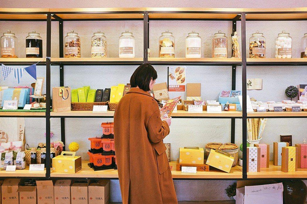 米樂客店內烘焙品皆以米取代小麥製成。 記者沈佩臻/攝影