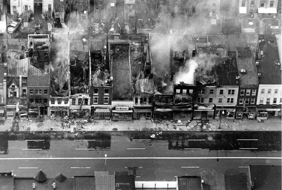 因金恩博士之死而憤怒的民眾,失控地在華盛頓特區縱火破壞。 圖/美聯社