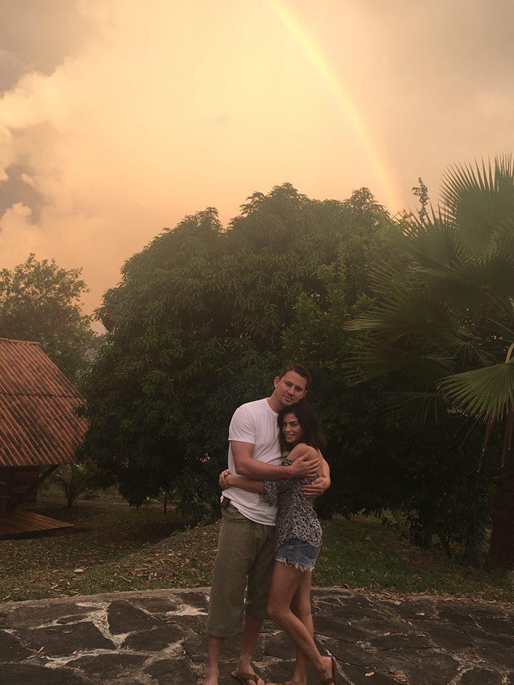 查寧塔圖與妻子珍娜。圖/摘自臉書