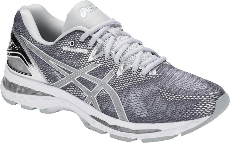 ASICS Gel Nimbus白金版男性慢跑鞋,約5,180元。圖/ASICS...