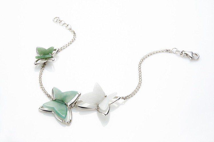 綠蝶手鍊,白K金鑲嵌翡翠、沙佛萊石,價格店洽。圖/林曉同珠寶