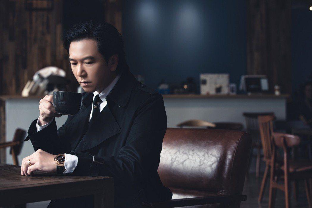 溫兆倫跨刀幫好友于安迪拍MV。圖/東聲音樂提供