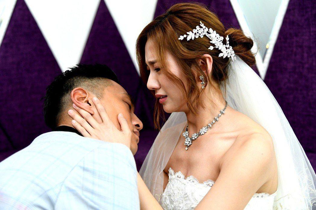 蔡黃汝、鍾承翰在「已讀不回的戀人」中拍過多場婚禮,場場揪心。圖/三立提供