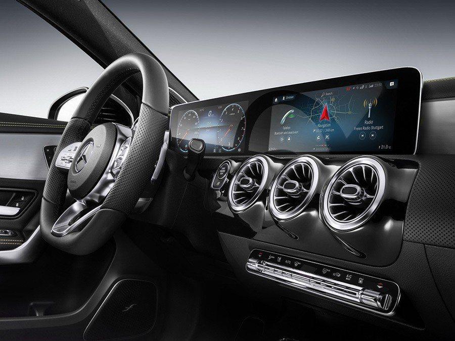 新世代A-Class內裝也不惶多讓。 Mercedes-Benz提供