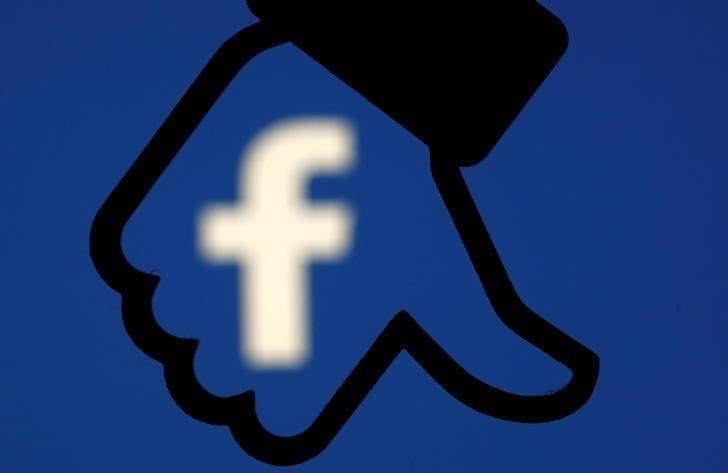 隨著個資外洩醜聞的發酵和蔓延,網路上傳出了刪除臉書帳號的呼聲。 路透