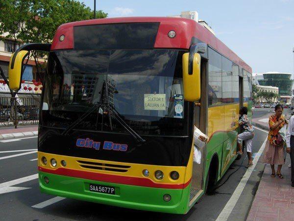 公車 Sabah Bus